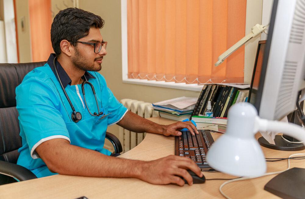 MEIE MAA | Kuressaare haiglas on praktikal India päritolu arstitudeng