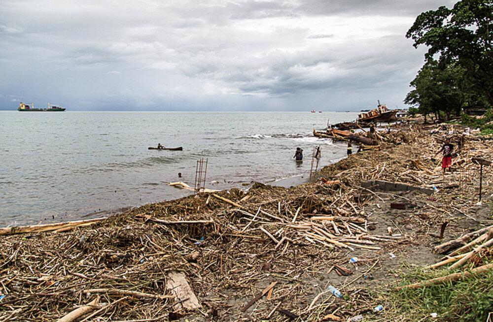 Kliima soojenemise karm reaalsus: tõusev maailmameri neelas viis Vaikse ookeani saart