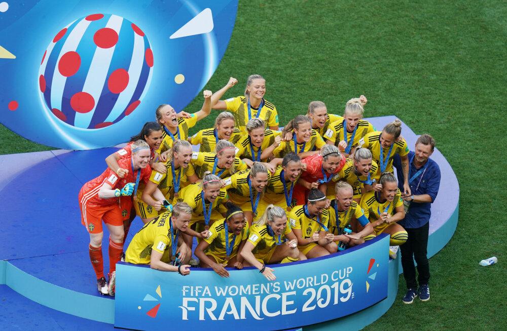 Rootsi naised võitsid MM-il pronksmedali, VAR tühistas taas õnnetu inglanna värava