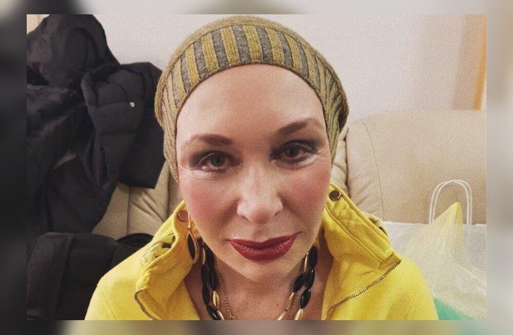 Вечно молодая: Снимок 71-летней Татьяны Васильевой без юбки вызвал бурную реакцию в соцсетях
