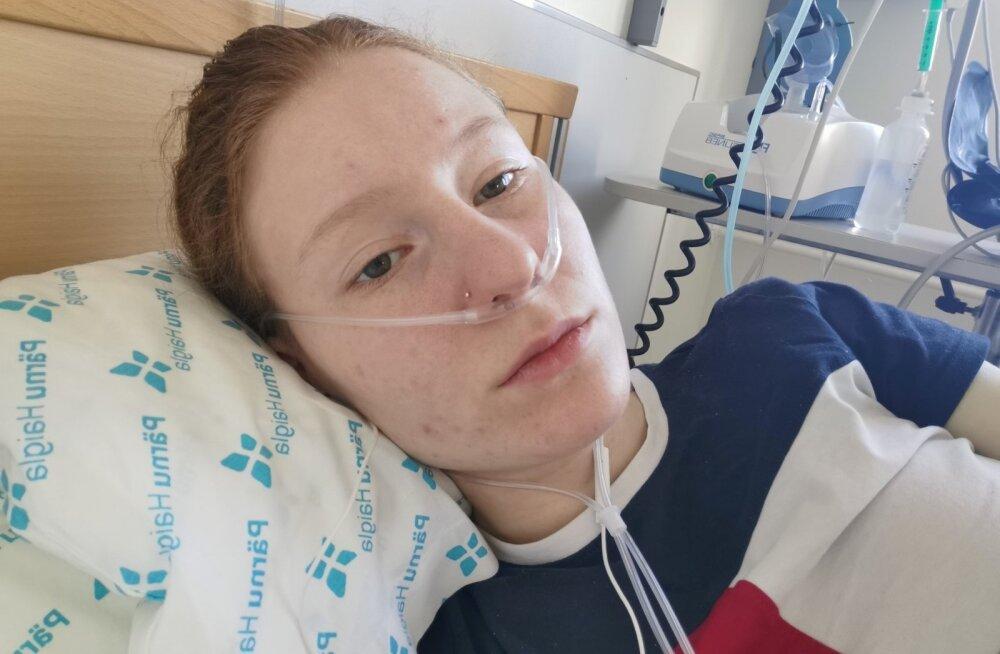Девушка с коронавирусом взывает с больничной койки: никто не верит, никто не принимает всерьез! Люди, придите в себя!