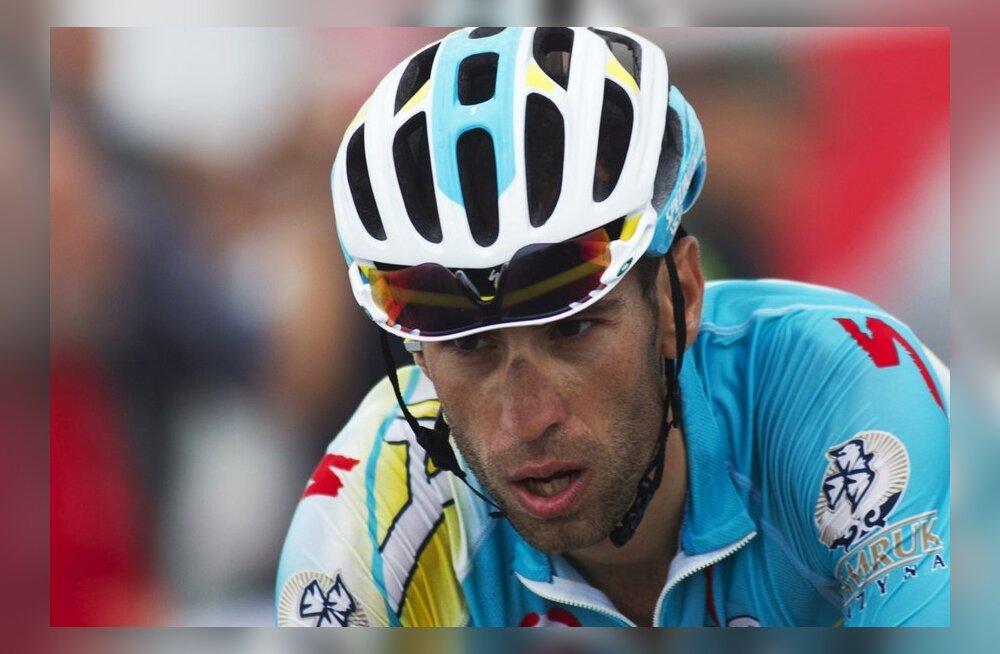 Vincenzo Nibali hooaja lõpp kiskus kiiva, jalgratas