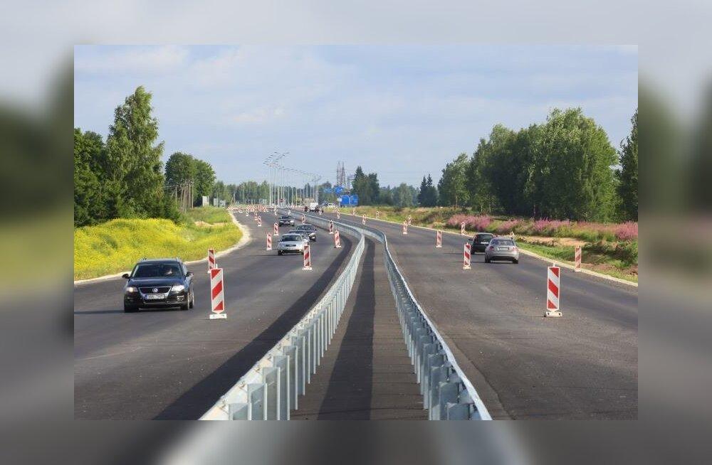 Maanteeamet hakkab Tallinna-Pärnu maanteel katsetama uudse sõidukite tuvastus- ja hoiatussüsteemi
