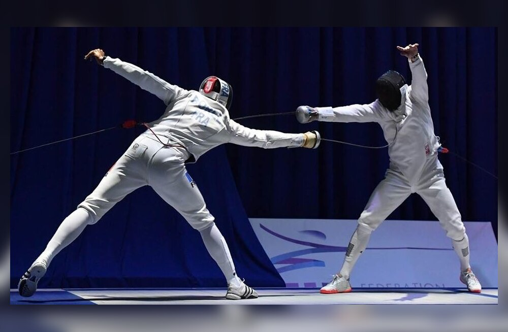 Nikolai Novosjolov (paremal) alistus eile ainult tulevasele Euroopa meistrile Yannick Borelile.