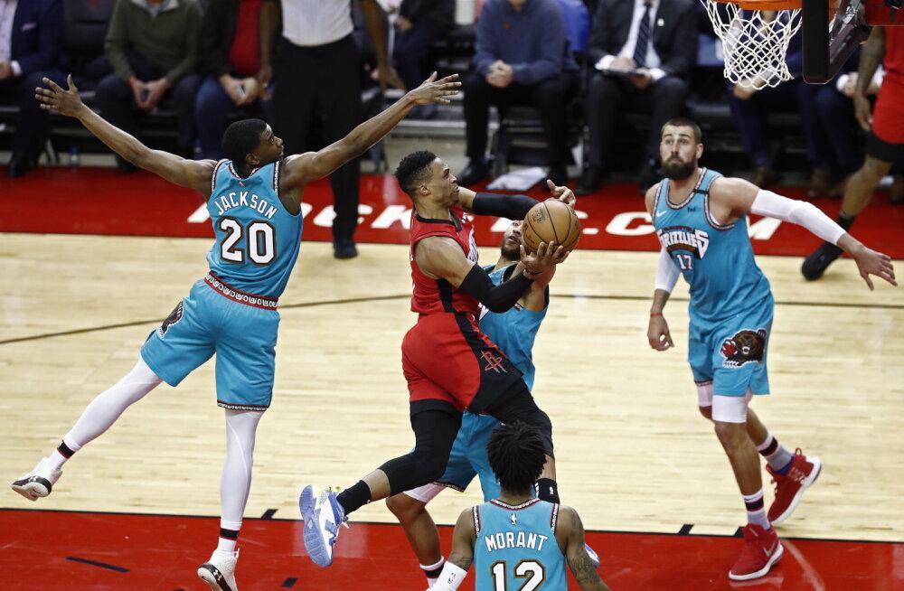 VIDEO | Rockets võitis viienda mängu järjest, Timberwolves šokeeris Heati