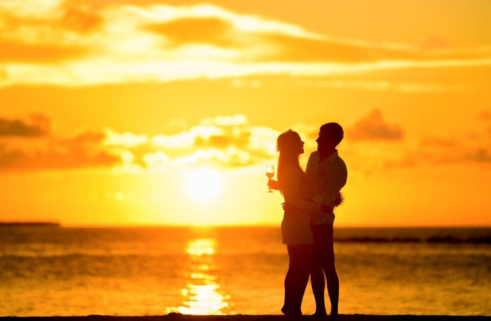 Meestele: kui naine nõuab romantikat, siis tee NII!