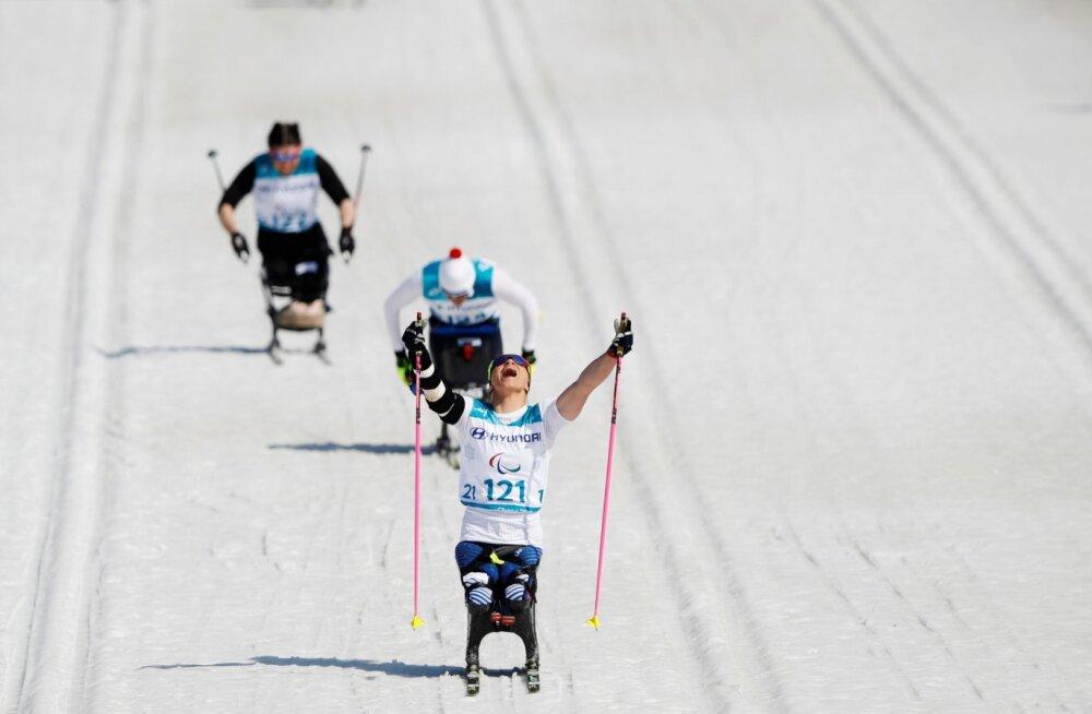 Pyeongchangis võitis kulla Tšernobõli päritolu ameeriklanna: sündides 12 varvast ja üks jalg 15 sentimeetrit lühem