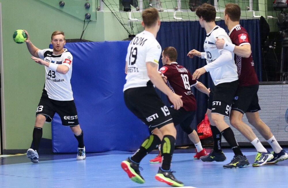 Kaspar Lees (palliga) kinnitab, et Eesti koondis on pühapäeval valmis võidu eest võitlema.
