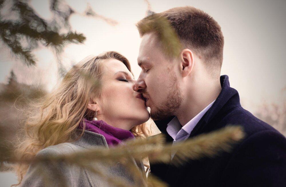 Что может рассказать о мужчине его поцелуй