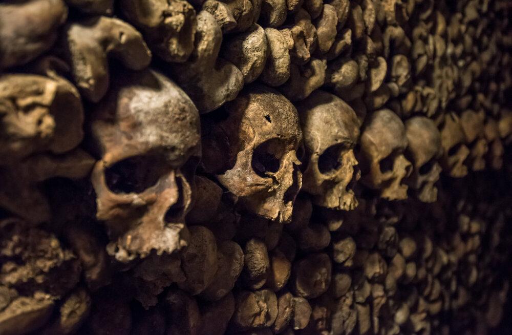 Nagu õudusfilm: kaks teismelist eksisid kolmeks päevaks Pariisi katakombidesse