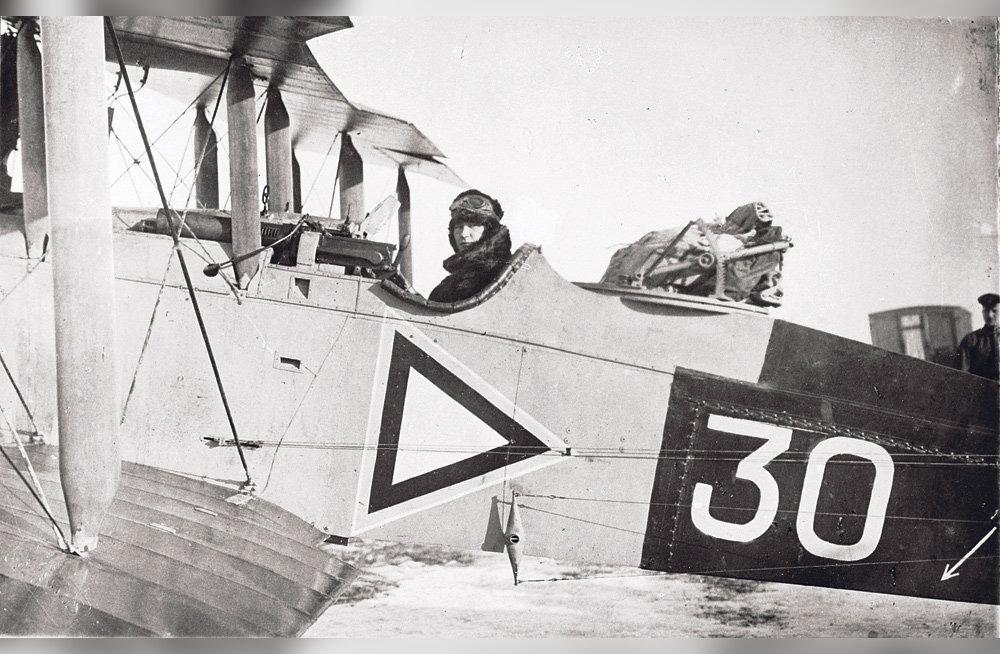 Esimene lend Tallinnast Helsingisse – ohvriteta, aga lennuk läks mahakandmisele
