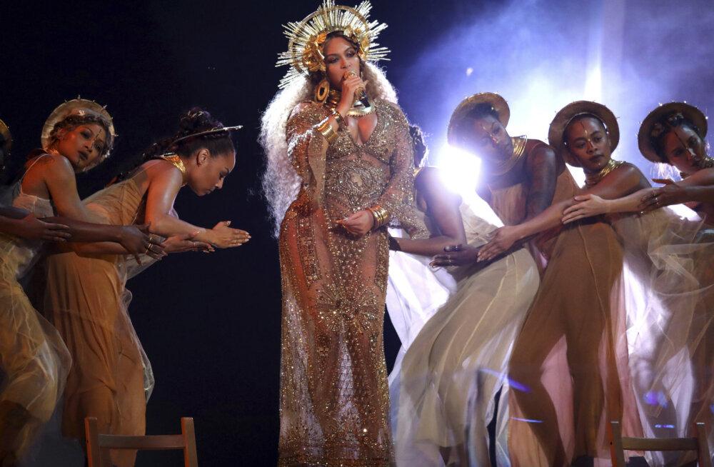 Beyonce esmakordselt keerulisest rasedusest: ühe kaksiku süda seiskus mitu korda...
