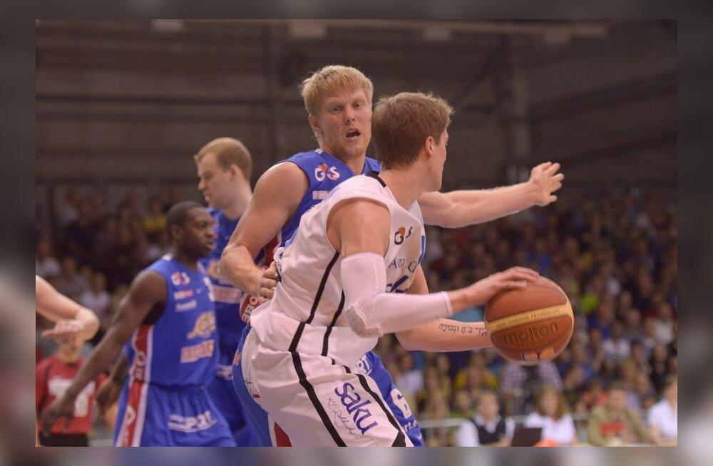 ФОТО: Чемпион Эстонии побеждает в Тарту