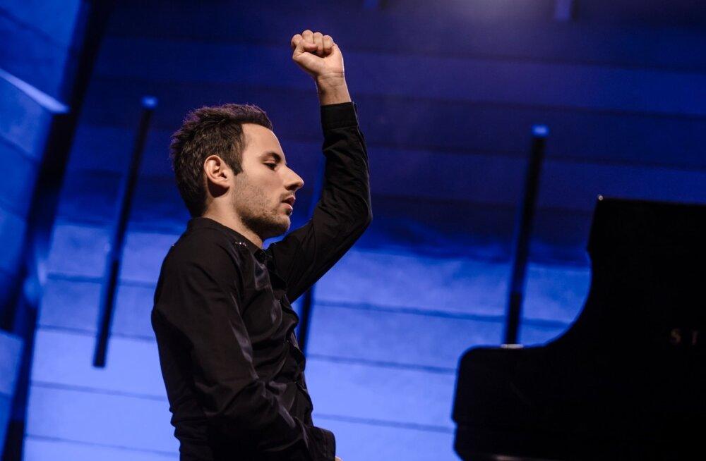 26-aastane klaverivirtuoos Peter Bence: suured eesmärgid võivad rusuvaks ja pärssivaks saada