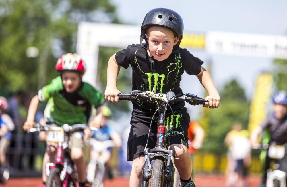 Uue määrusega vähendas riik noorte jalgratturite toetust pea neli korda. Alaliidu juht Urmas Karlson kardab, et vallandub ennustamatu tulemusega probleemide jada.