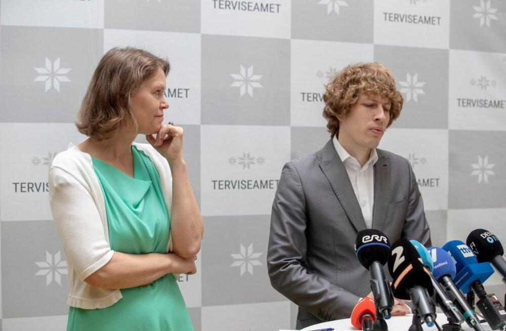 Tanel Kiik määras terviseameti juhi kohalt lahkuvale Merike Jürilole üle 10 000 euro tulemuspalka