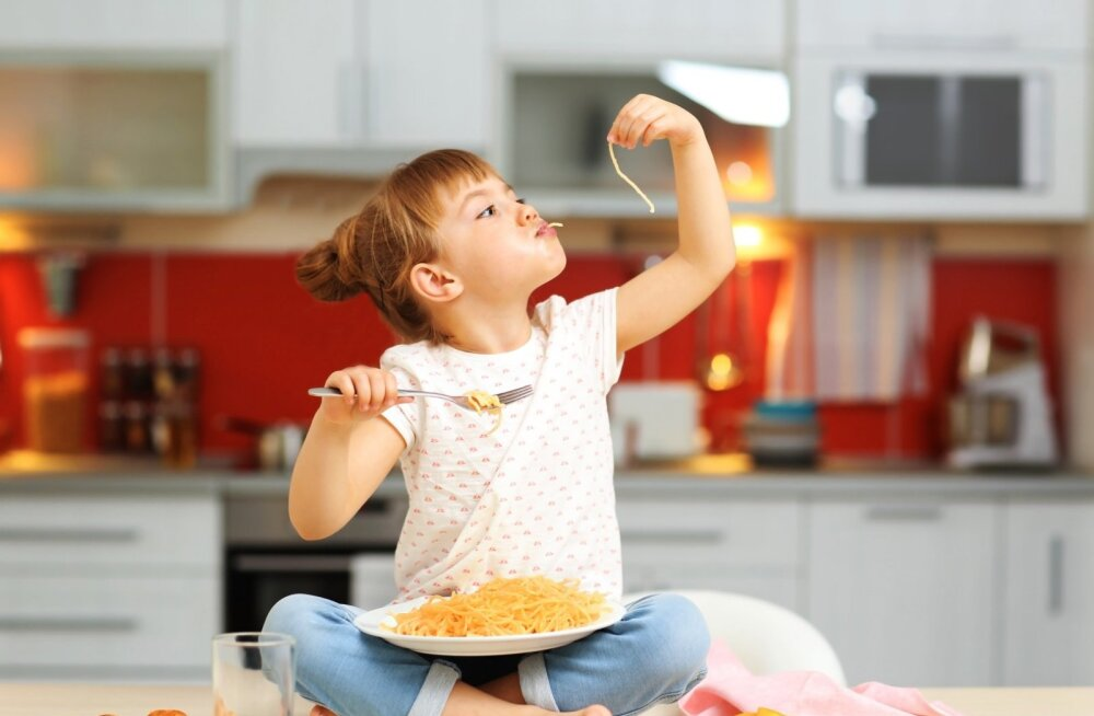 Su laps armastab kartuleid ja makarone süüa? Siin on nipid, kuidas neist alati maitsvaid roogasid välja võluda