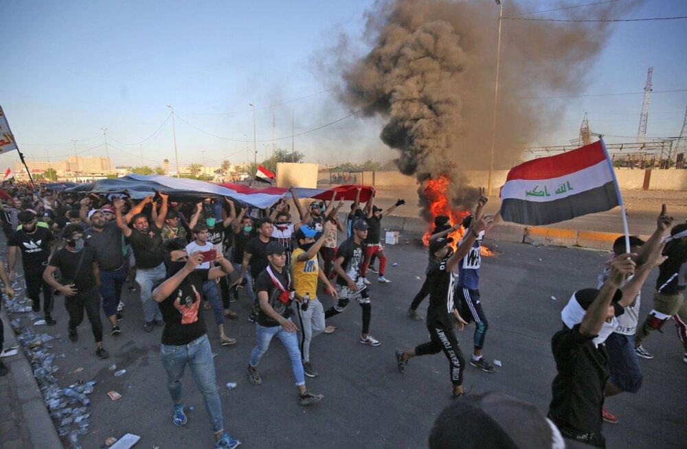 Iraagis jätkuvad protestid: snaiprid tapsid pealinnas neli inimest, hukkute arv kasvas pea sajani