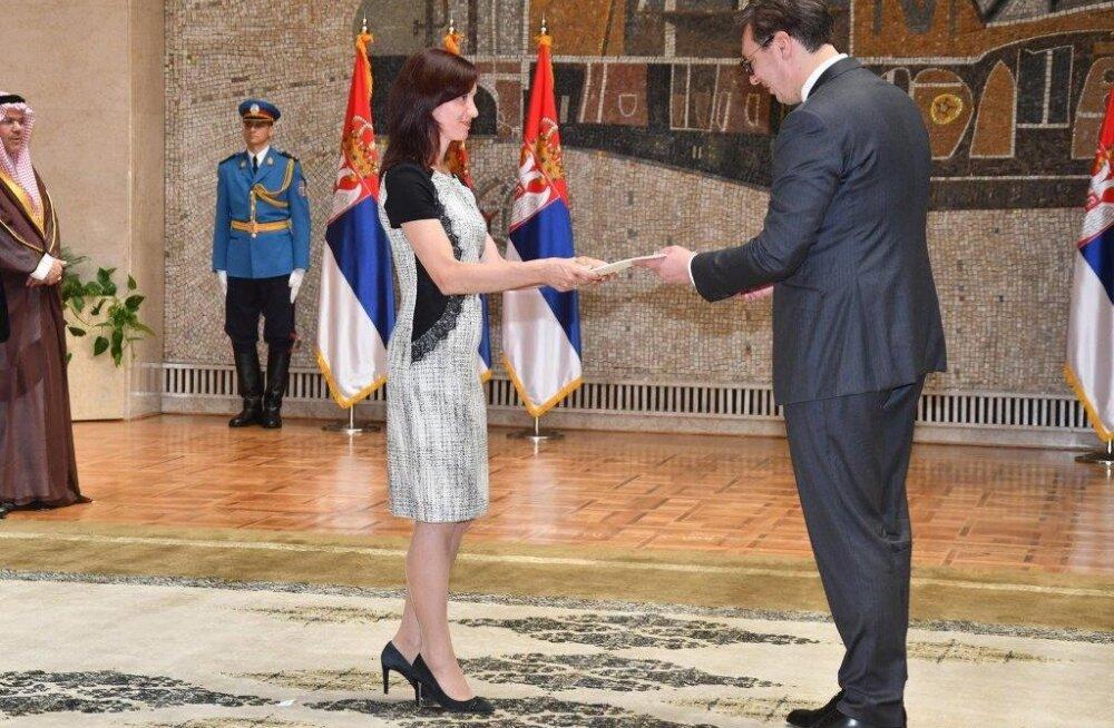 Eesti suursaadik Serbia Vabariigis Kristi Karelsohn ja president Aleksandar Vučići
