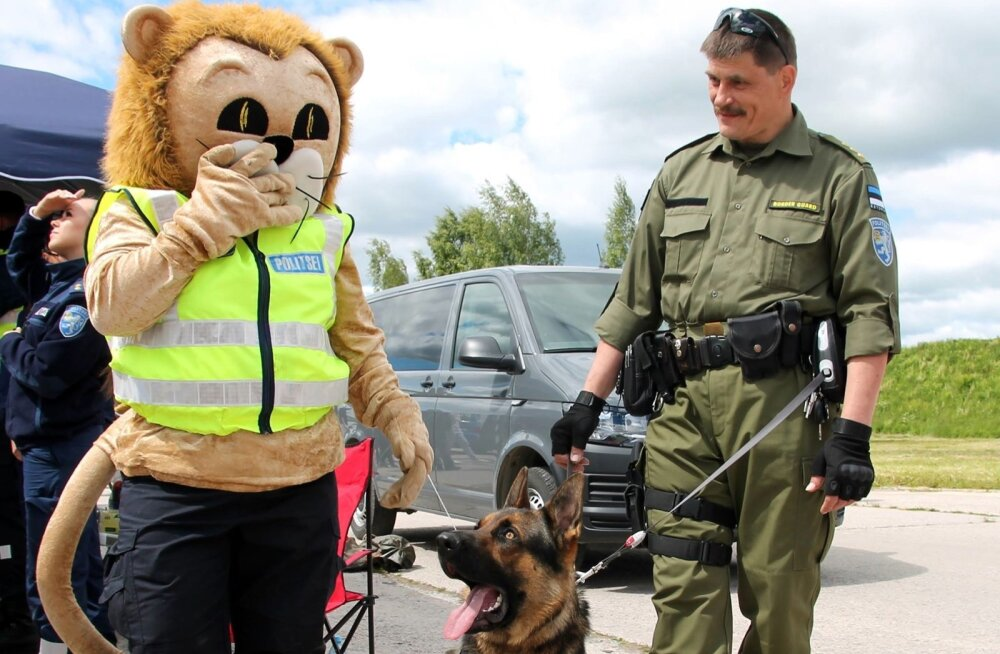 FOTOD | Maakaitsepäeval tutvustas politsei teenistuskoerte rolli