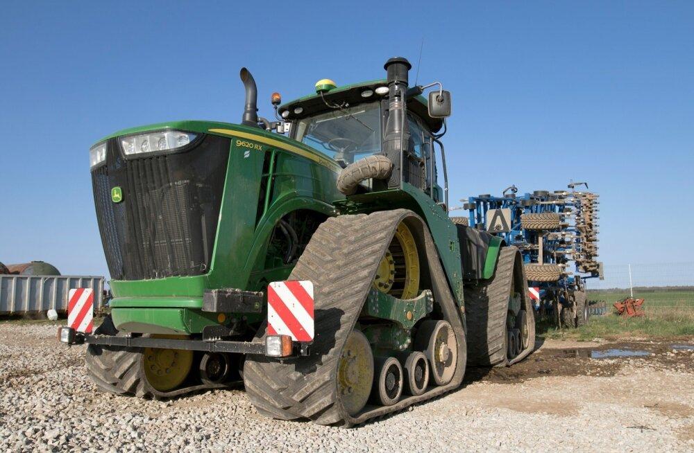 Aru grupis töötab üks Eesti võimsamaid traktoreid.