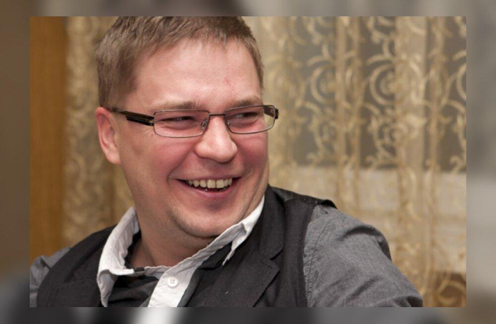"""""""Õhtusöök viiele"""" esitleb Erkki Sarapuu pliini-eksperimenti"""