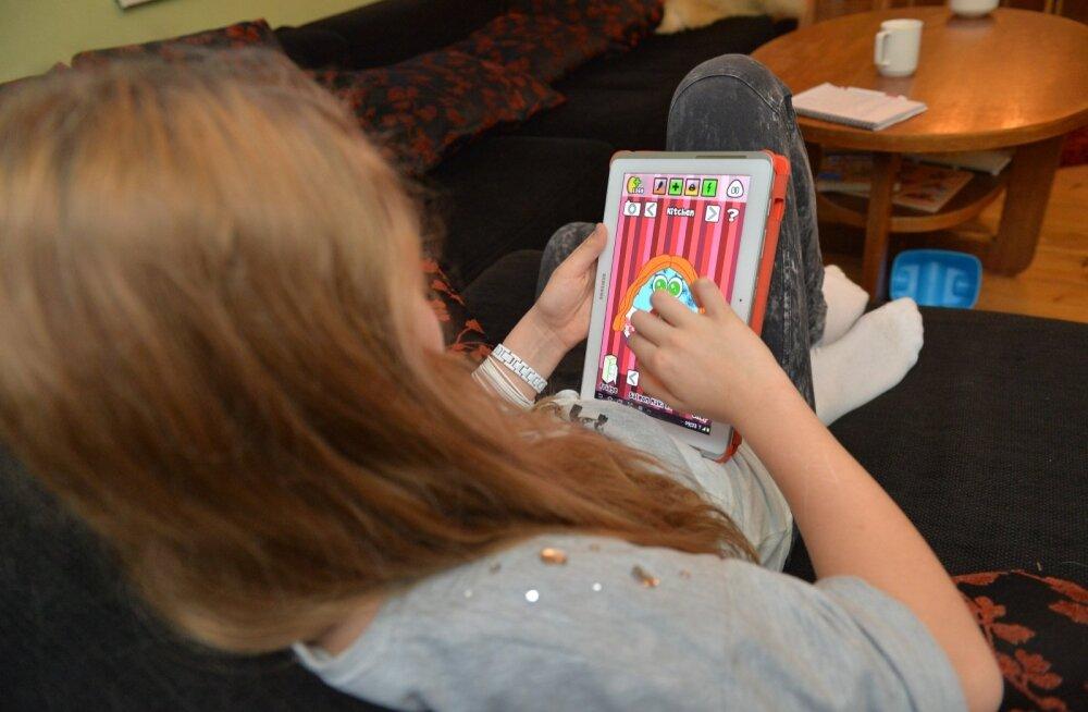 Telia klient avastas, et tema laps oli oma tahvelarvutisse <em>pop-up</em> aknast alla laadinud tuntud mängu libaversiooni.