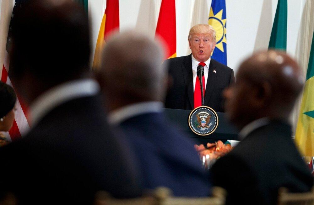 Donald Trump leiutas kohtumisel Aafrika riigipeadega uue riigi - Nambia