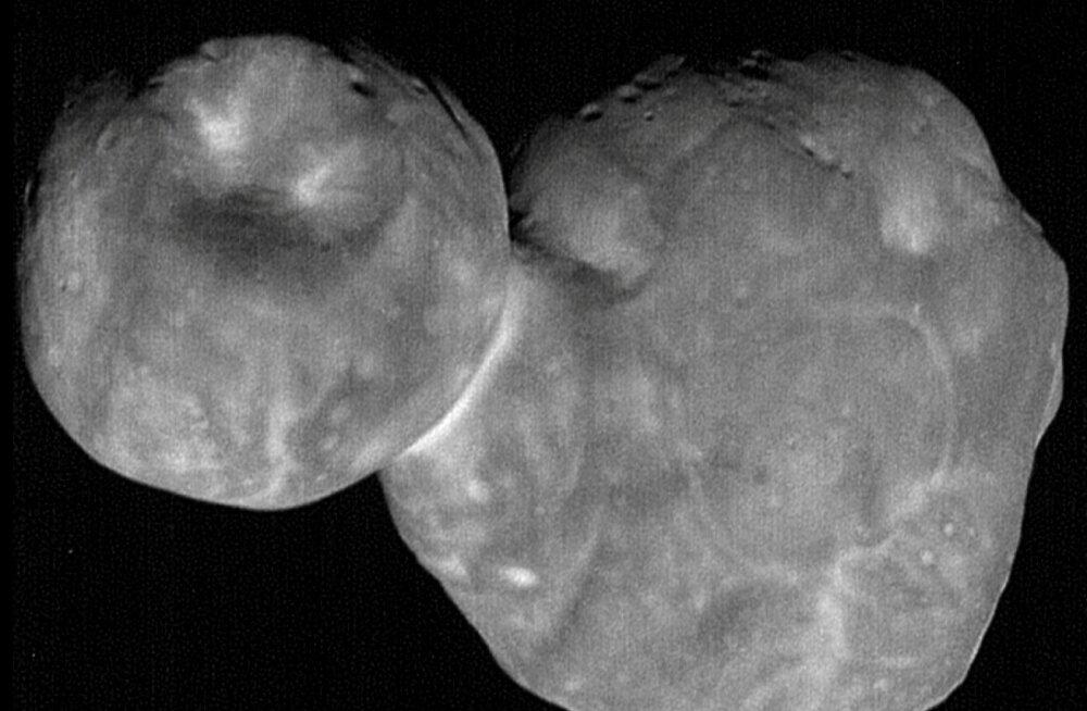 Avastus: meie päikesesüsteemi kaugeimalt kosmoseobjektilt leiti jääd ja orgaanikat