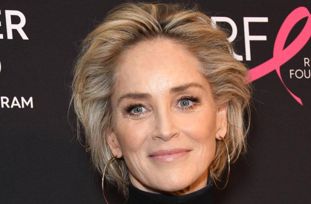 FOTOD | Väga ürgne instinkt! Sharon Stone võttis kuumal fotosessioonil lausa rinnad paljaks