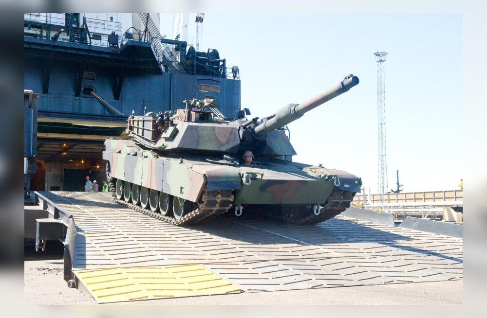 Reuters: в ближайшие две недели в Эстонию прибудет американская бронетехника