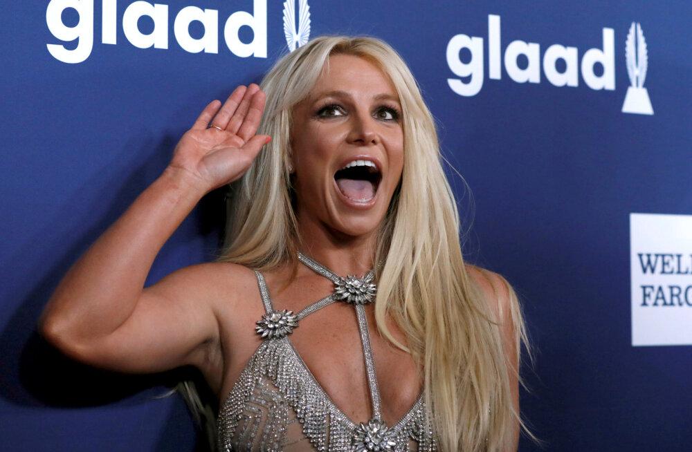 Uus vandenõu! Britney Spears süüdistab pahatahtlike inimesi milleski väga veidras
