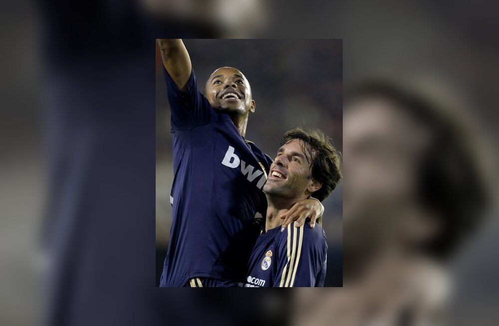 Robinho ja Ruud Van Nistelrooy