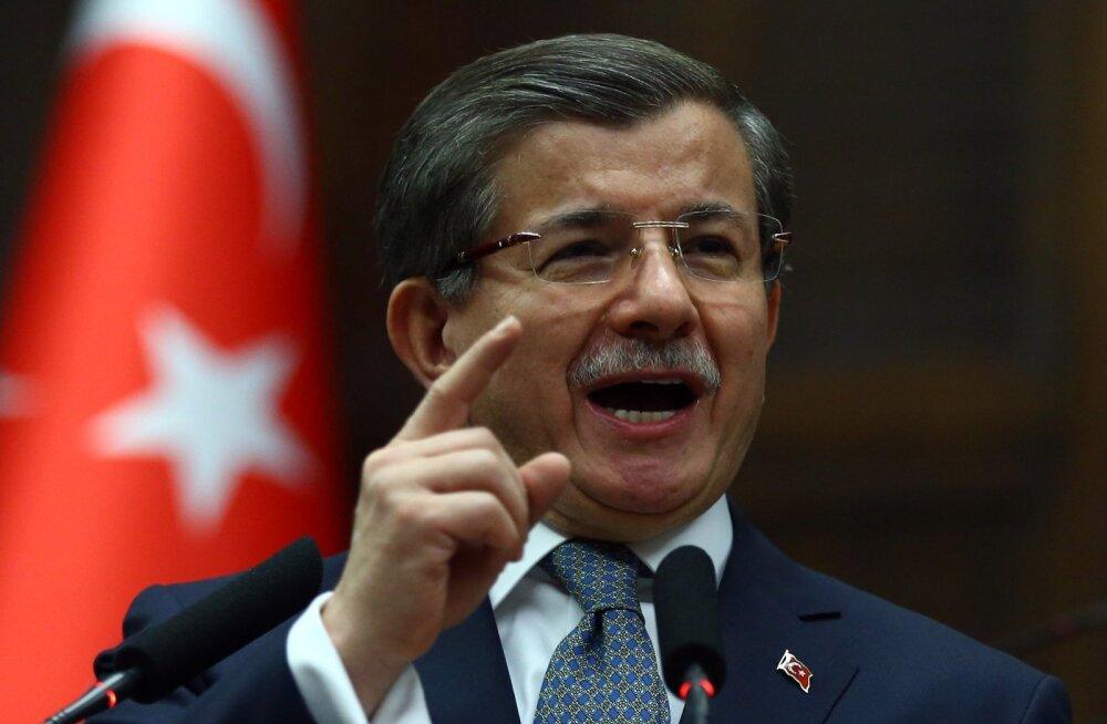 Davutoğlu: Türgi seisab õlg õla kõrval Aserbaidžaaniga Armeenia vastu aegade lõpuni
