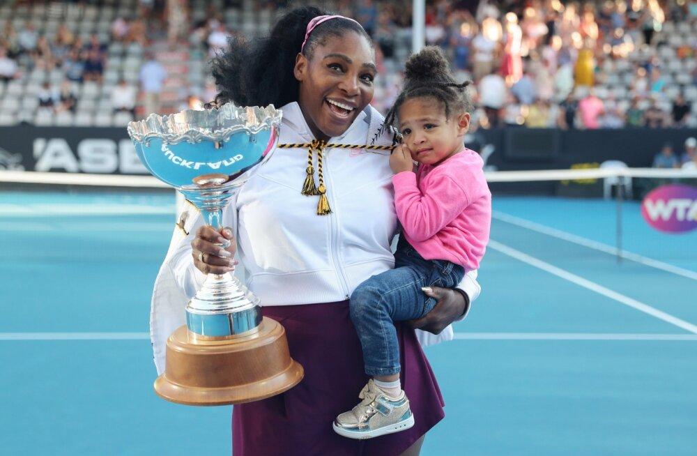 Serena Williams võitis esimese tiitli kolme aasta jooksul