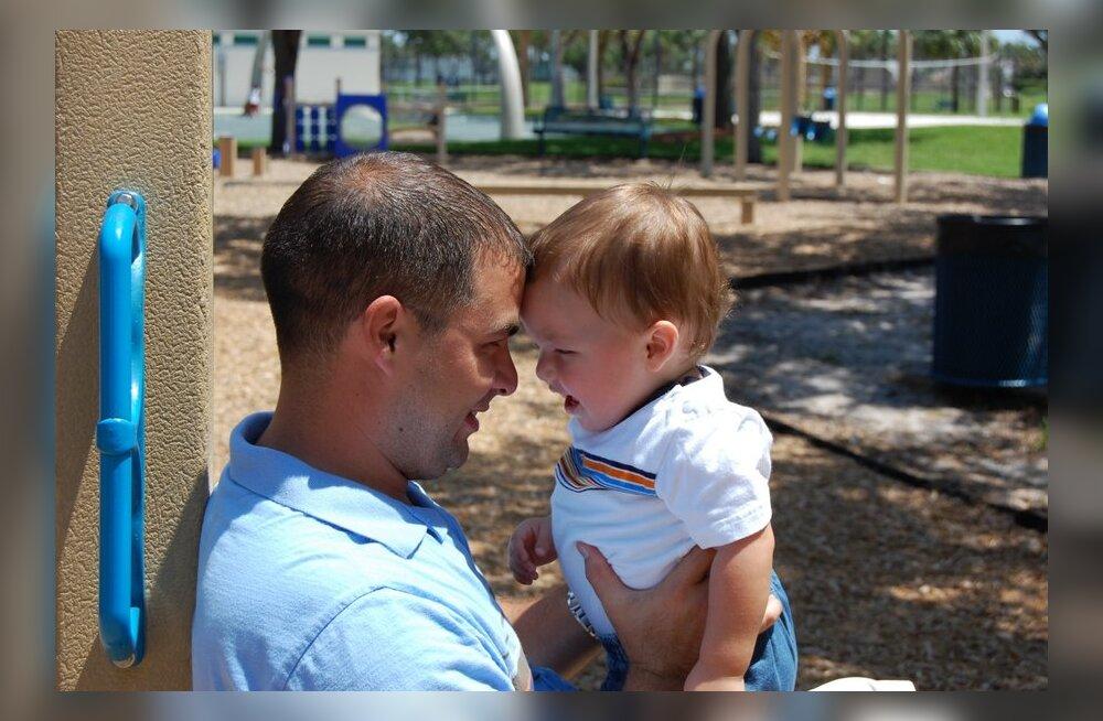 Jurist: isad soovivad oma laste eludes osaleda, kuid emad keelduvad neile lapsi näitamast!