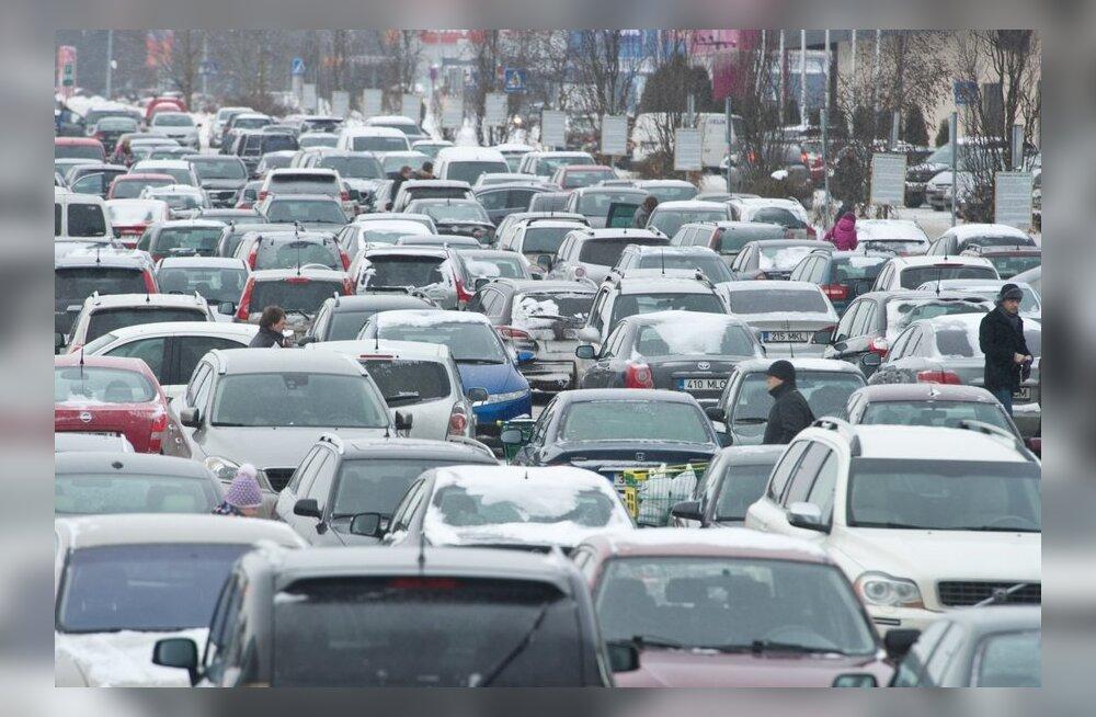 В августе этого года на учет в авторегистре Эстонии было поставлено 1589 новых автомобилей