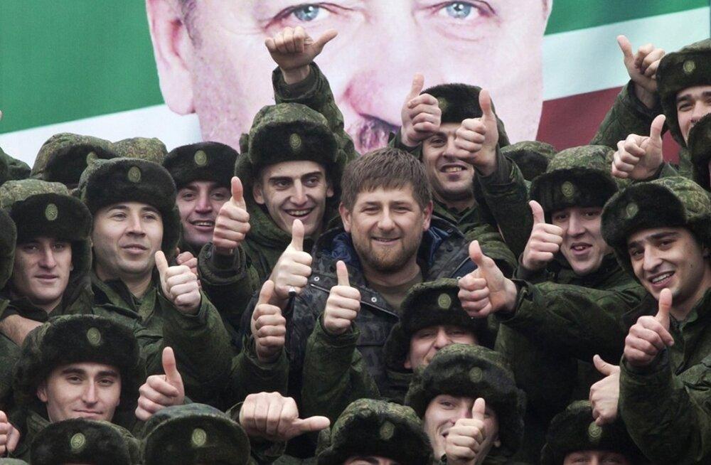 Raport: Kadõrovil on 30 000-line võimekas eraarmee, mis võib pöörata relvad taas Venemaa vastu