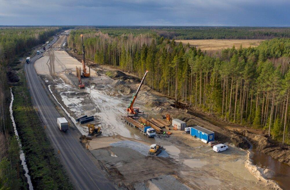 Rail Balticu Saustinõmme viadukti ehitus. Lõplikult läheb trass millimeetri pealt lukku projekteerimise lõpus ehk umbes kahe aasta pärast.