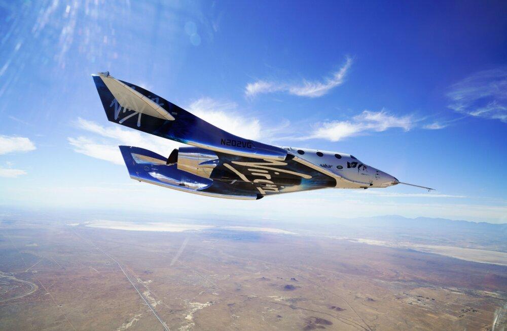 Uus verstapost kosmoseturismi teel: Virgin Galactic lendas eile kõrgemale kui kunagi varem