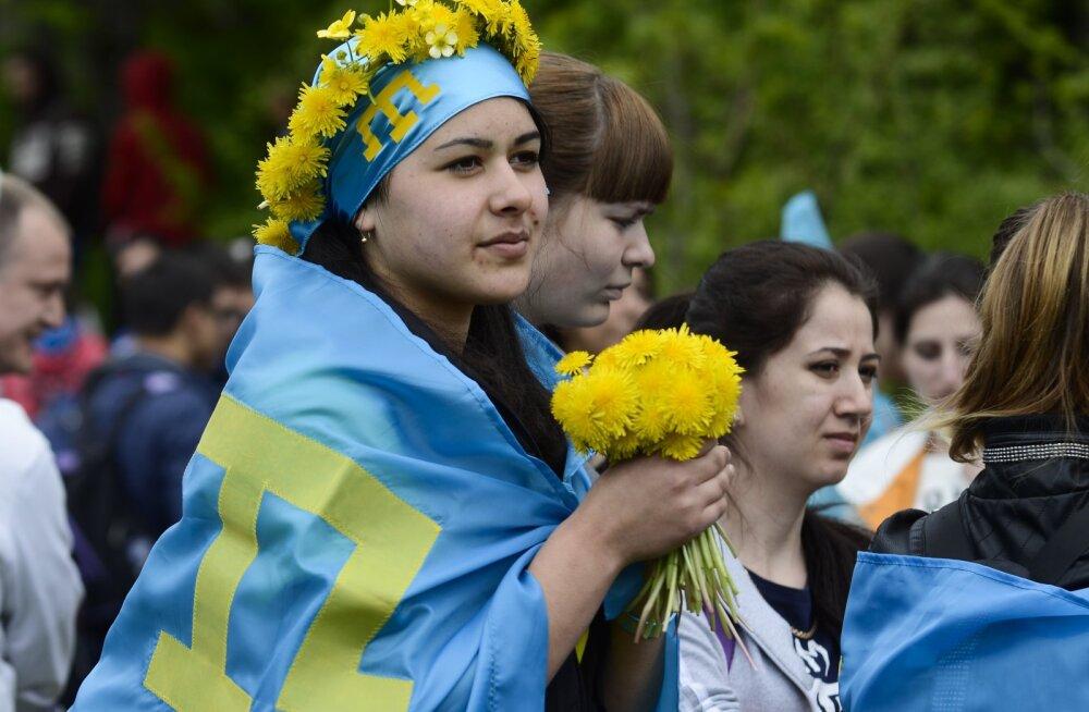 Опрос: крымские татары не хотят переезжать из Крыма на Украину