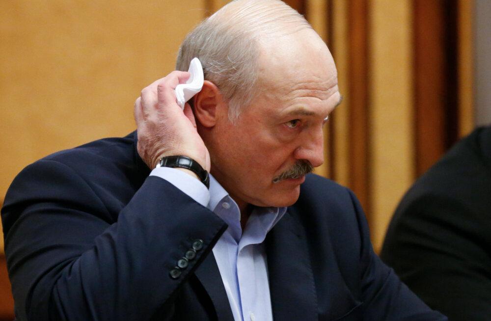 Лукашенко рассказал о намеках Москвы на присоединение Белоруссии к России
