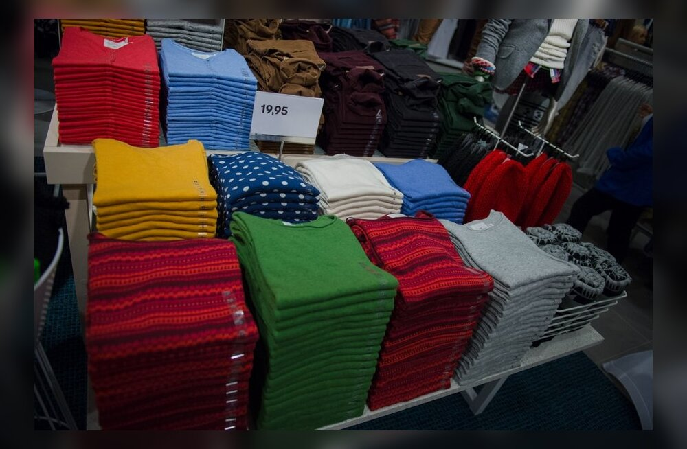 Покупаем одежду грамотно: что можно и даже нужно искать в магазинах масс-маркета, а какие вещи там лучше не брать