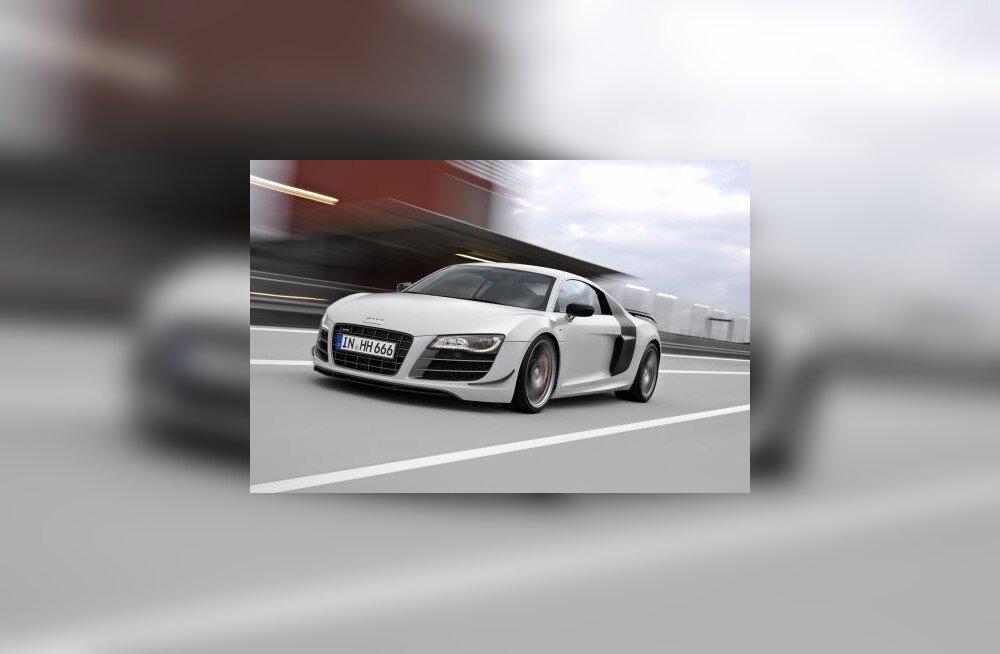 FOTOD: Audi R8 läbis uuenduskuuri