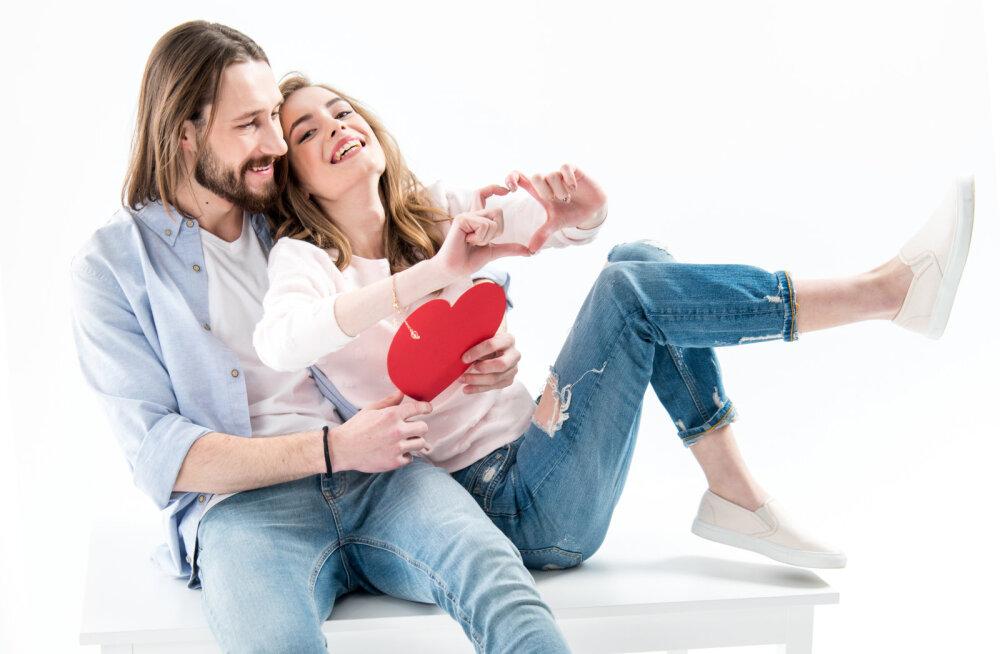 Sõnnidel võib areneda romantiline suhe, Kaksikud peaksid keskenduma tööle