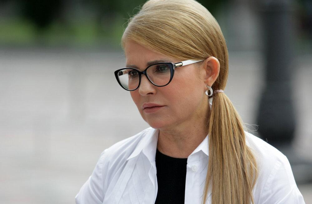 Olukord aina halveneb: koroonahaige Julia Tõmošenko pandi juhitavale hingamisele