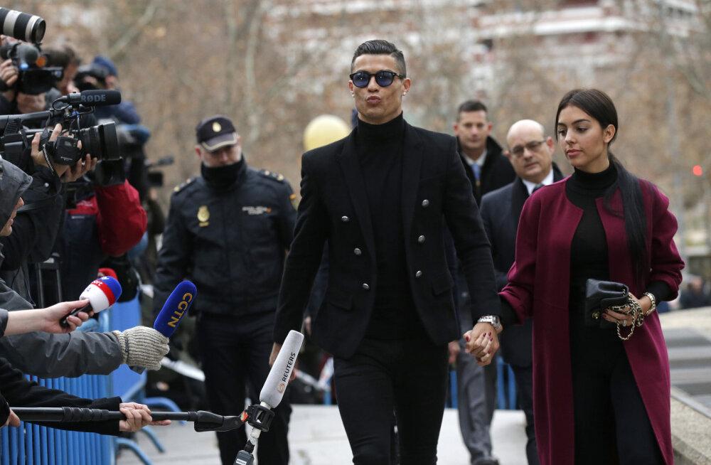 Cristiano Ronaldo nõustus 23-kuulise vanglakaristuse ja pea 20-miljonilise trahviga