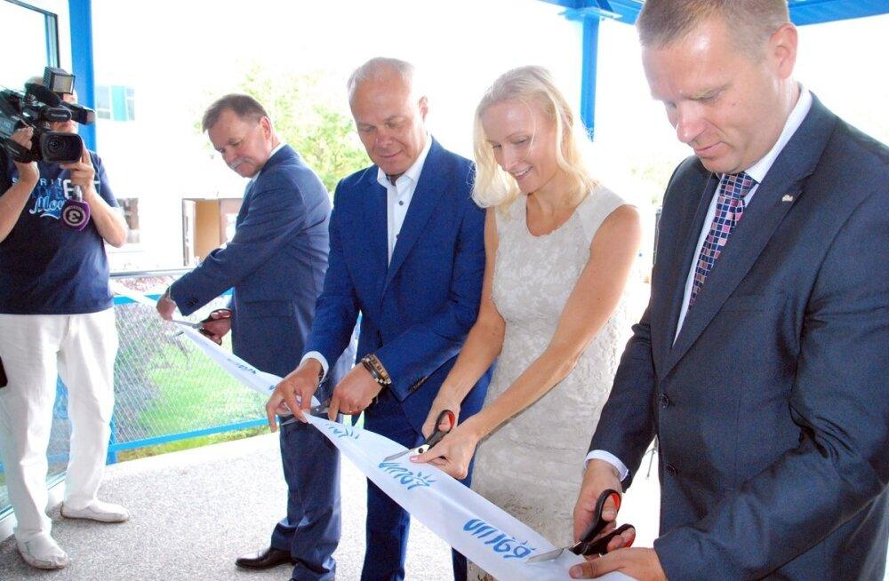 Pärnu Koidula Gümnaasium alustas õppetööd riigigümnaasiumina uuendatud hoones