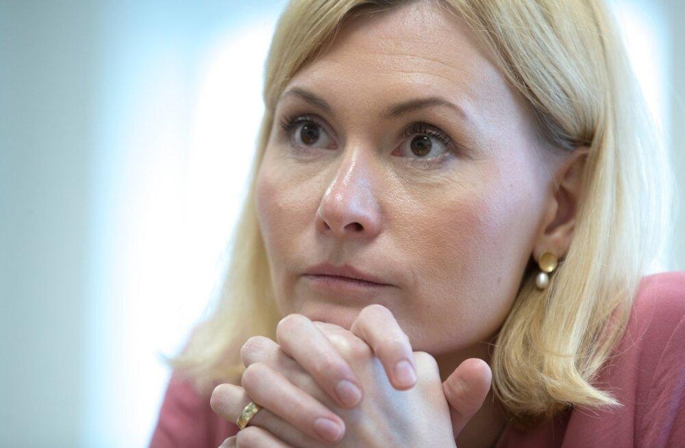 Endine tervise- ja tööminister Riina Sikkut alkoholiaktsiisi langetamist õigeks ei pea.