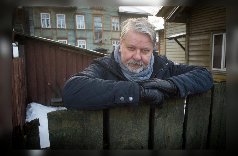 Harry Kõrvits lapsepõlvekodu väraval